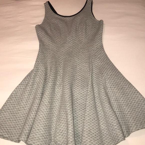 Club Monaco Dresses & Skirts - Club Monaco grey quilted zip back dress